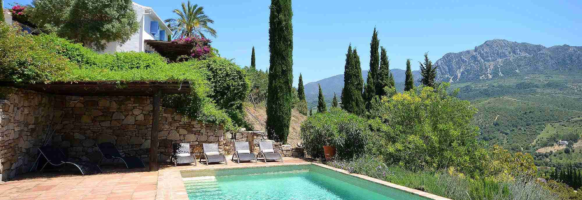 Holiday  Villas in Spain with Pools