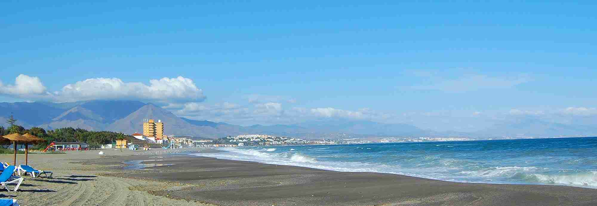 Large Holiday  Villas in Costa del Sol near the beach