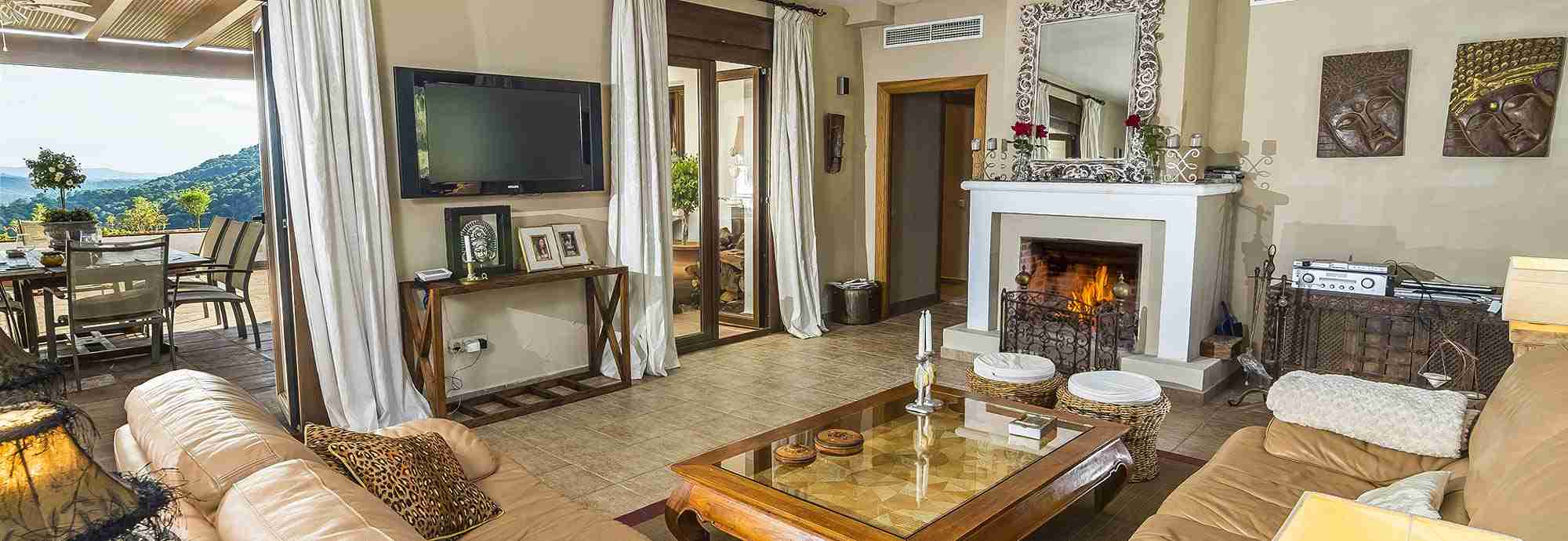 Large Holiday  Villas in Andalucia with Wifi