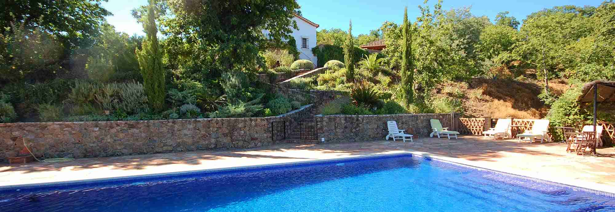 Private Holiday  Villas in Andalucia with Pools