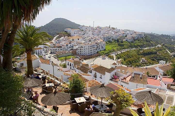 Frigiliana summer  bars