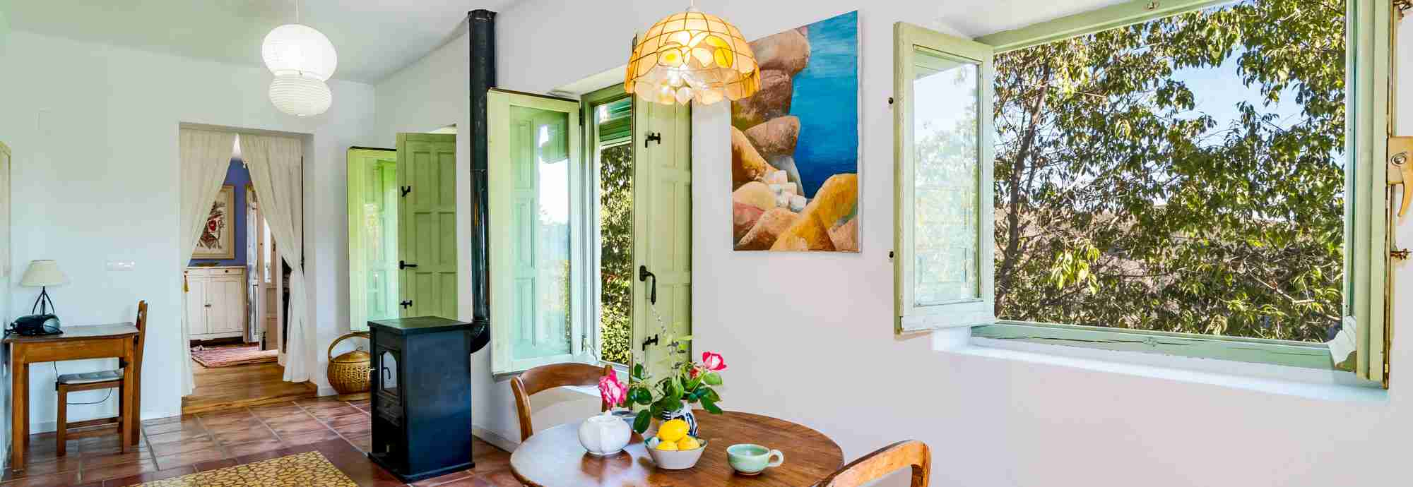 Intimate holiday cottage for two in Alpujarras mountain hamlet