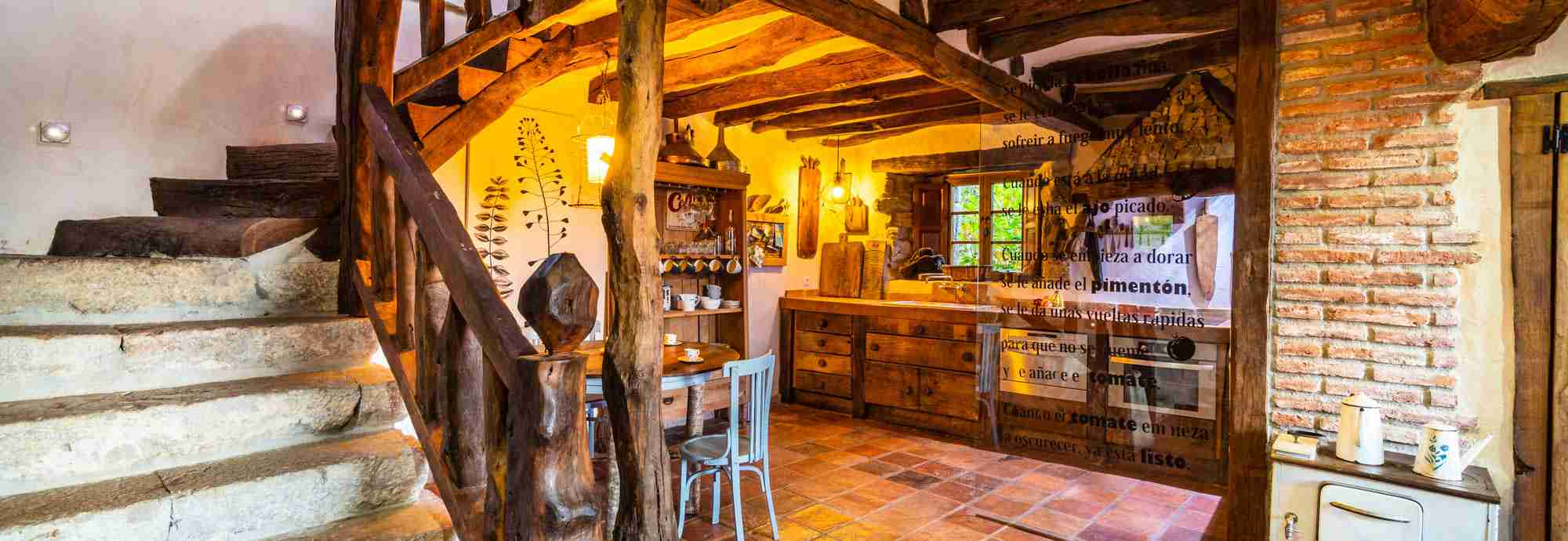 A cottage with rustic elegance in idyllic seclusion near Santander