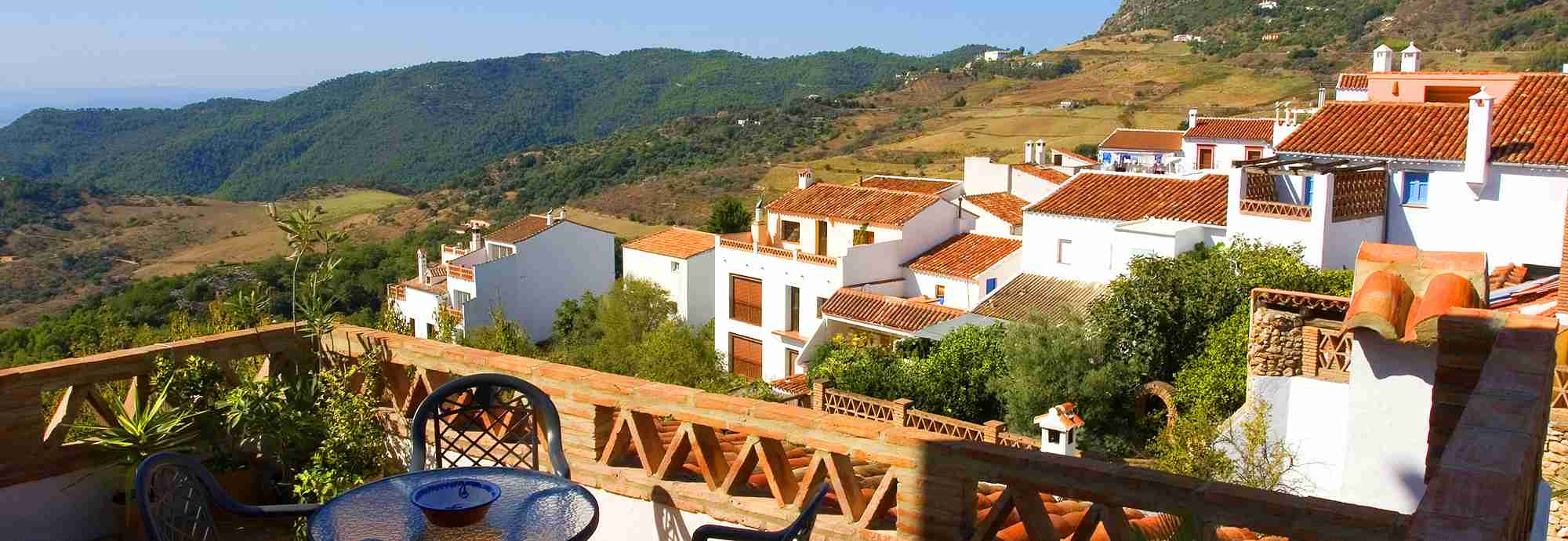 Holiday home with twin terraces in Gaucin village, Ronda Mountains