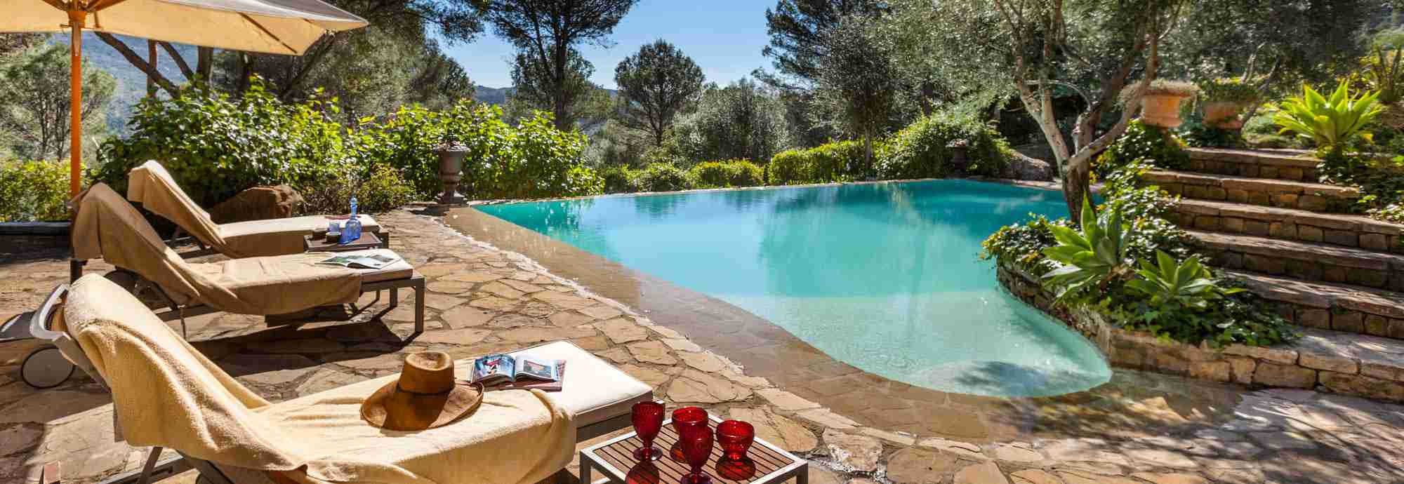 Characterful villa with exquisite pool nestled amidst stunning Mediterranean nature