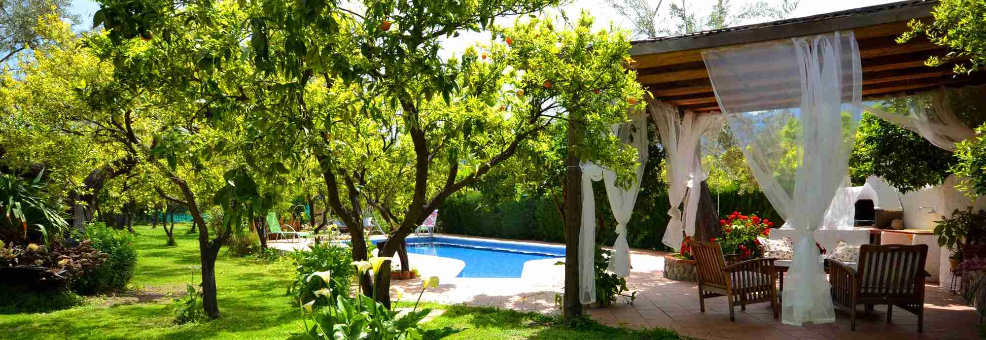 2 bedroom villa with private pool & gardens in Andalucia, Spain